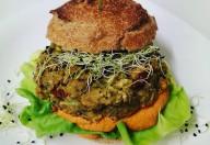 Închide AromaZen Publicat de Bianca Ionel · 5 ore · Pentru mâine la business lunch avem un produs nou ce abia așteaptă savurat de voi: burgher de quinoa cu sfeclă și hummus de naut 😋 💚 Business Lunch de Miercuri 💚 🔘 Burgher de quinoa cu sfeclă și hummus de naut 🔘 Cafea energizantă 💚 Avantajele abonamentului:💚 ✔️ 20 de meniuri variate de la o zi la alta la doar 500 lei, ✔️ livrare inclusă de luni până vineri în intervalul optim pentru tine, ✔️ valabilitate abonament de 60 de zile, ✔️ abonamentul poate fi oprit și reluat când dorești, ✔️ suspendarea abonamentului se face cu minim o zi înainte. ✨ Vrei și tu un abonament Business Lunch? Sună acum la ☎️ 0753 599 035 sau ne poți scrie în privat și ai prânzul la birou asigurat! www.aromazen.ro - Alege abonamentele noastre, alege un stil de viață sănătos! #ManancaSanatos #MâncareLaBirou #AbonamentBusinessLunch #MâncareFăcutăDinPasiune #ProdusLocal #HealthyFood #Iași #AromaZen Este posibil ca imaginea să conţină: mâncare product-tag Etichetează produse pin Adaugă o locaţie pencil Editează 44 AromaZen Îmi place Comentează Distribuie Comentarii AromaZen Adaugă comentarii ca AromaZen iasi