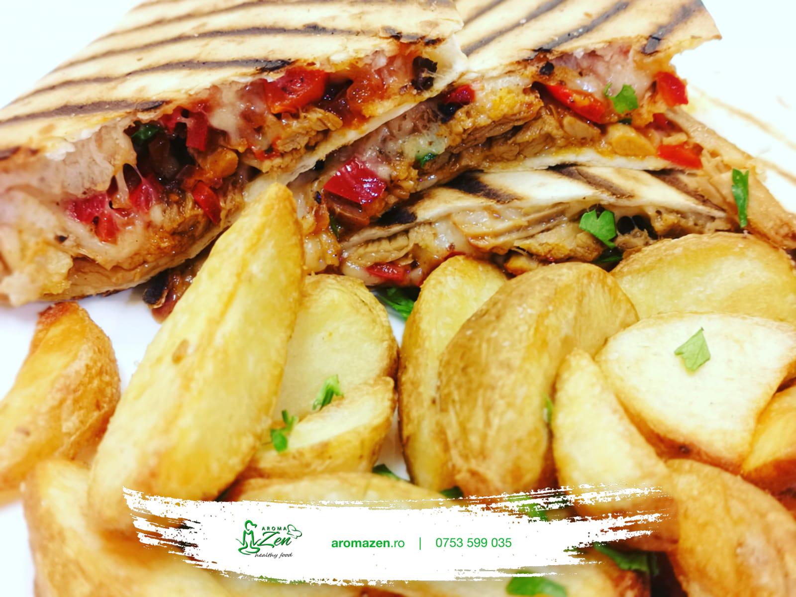 Quesadilla pulled pork cu cartofi wedges si sos Thousand Island